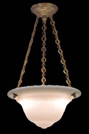 OPALINE LENS CHANDELIER AURELIA CROSS CHAIN
